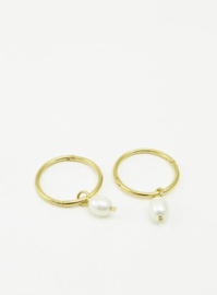 Hoops with Pearls, Studio MHL