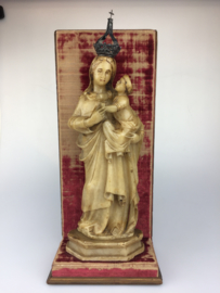 Albasten sculptuur, Madonna van Trapani