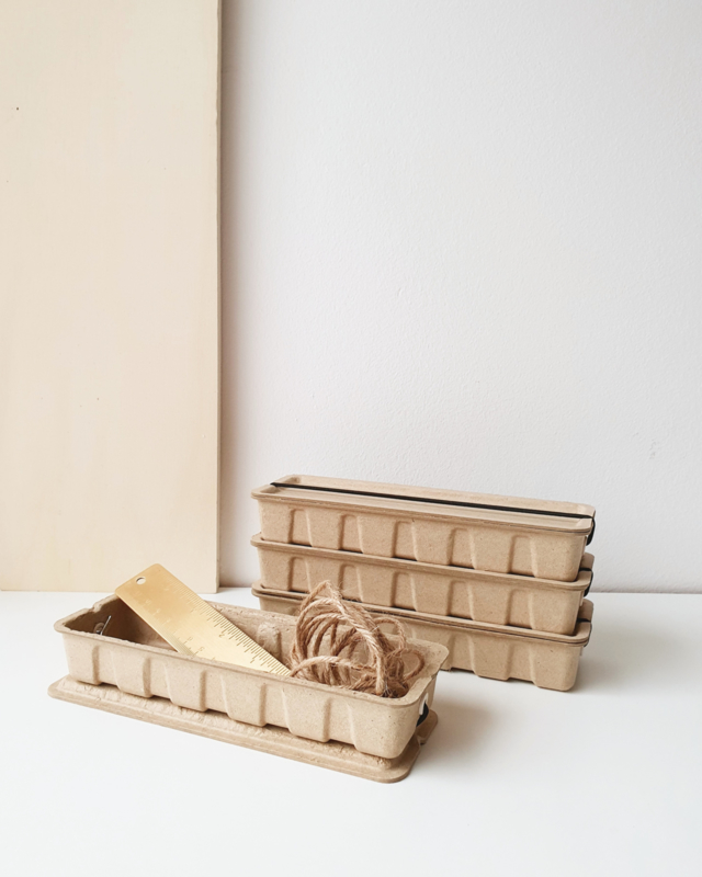 Pennenbakje van papierpulp