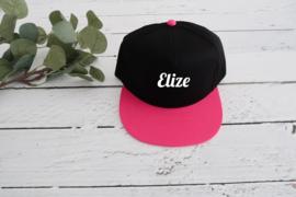 Snapback pet zwart / roze voor kind met naam of tekst