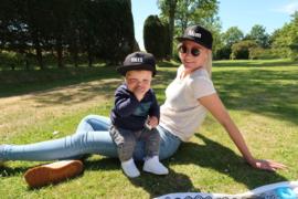 Twinning set Snapback pet met naam of tekst voor kind en papa of mama
