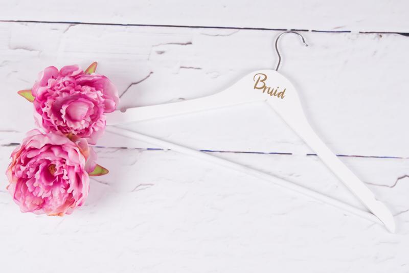 Kledinghanger bruid