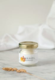 Hold it candle Sanedlhout & patchouli