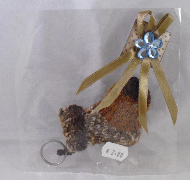 Gebreide sleutelhanger in cadeauverpakking, bruin