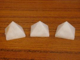 piramide  Sneeuwkwarts 1 stuk
