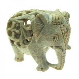 olifant speksteen - slurf naar beneden - 7,5 cm