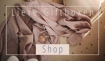 Onze Lieve Baby Giftboxen zijn met zorg samengesteld en zitten vol met mooie baby Essentials.