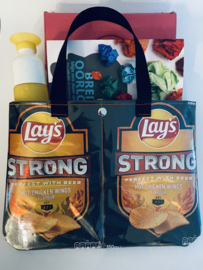 Handtas Lay's Strong Hot Chicken Wings