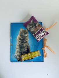 Sad Material Gift Cat