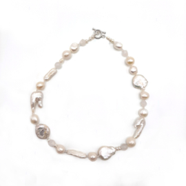 Pearl Chic Necklace