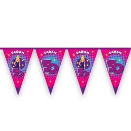 Vlaggenlijn 'Hoera Sarah' (6m)