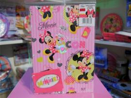 2 vellen cadeaupapier van 50 cm x 69,5 cm van Minnie Mouse