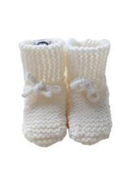 Knitted baby booties/slofjes naturel/gebroken wit