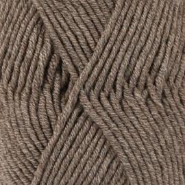 Knitted baby booties/slofjes bruin