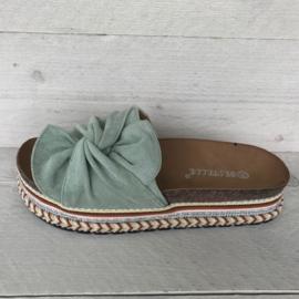 Leuke slippers met mooie zool