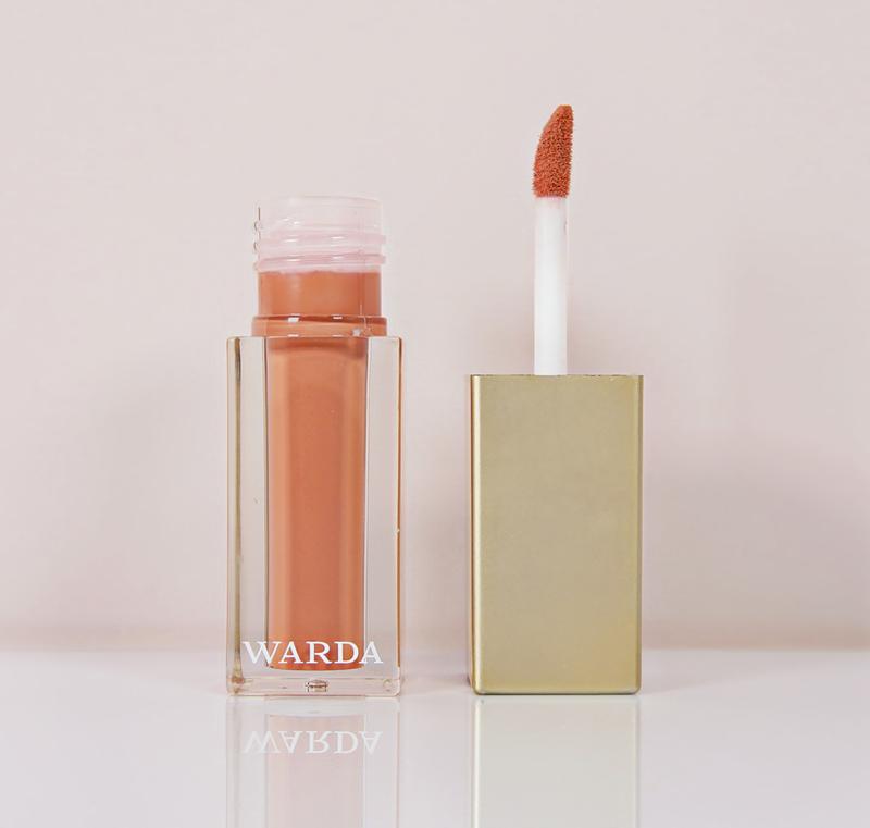 High shine lipgloss: HONEY