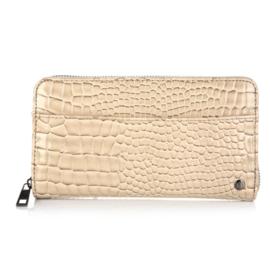 Wallet luxury look