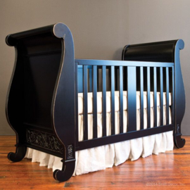Bratt Decor Chelsea Sleigh crib dist black