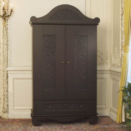 Bratt Decor Chelsea armoire distressed black