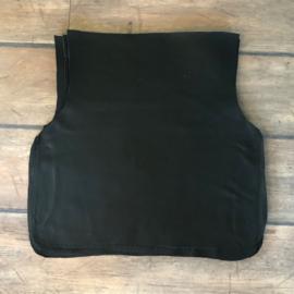 zwart leer 38-50 x 49 cm