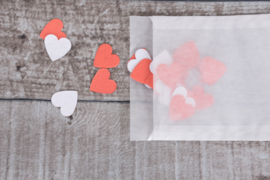 Uitdeelzakje confetti 10 stuks hartjes