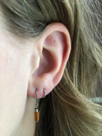 Winkel van Indah oorbellen - tube goudbruin zilver