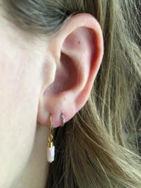 Winkel van Indah oorbellen - tube zachtroze goud