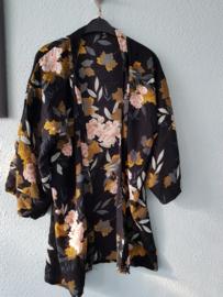 Kimono Flower Black
