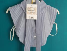 Kraagje blauw / wit streep met losse strik