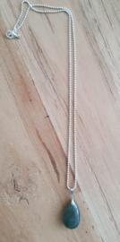Ketting met natuursteen hanger groen