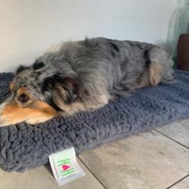 Huggle Hound Fleece Schapenvacht Antraciet XL