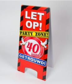 Warning Sign - 40 Jaar Getrouwd