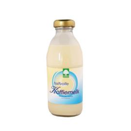 Bio halfvolle koffiemelk ( 188 ml) Landgoed