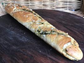 Bio Stromboli groot (stokbrood gevuld met versgemaakte bio pesto, zeezout) bio rozemarijn