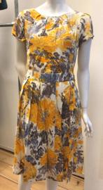 Swing Dress Painted Flower van Pretty Vacant