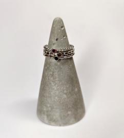 zilver of gouden vierkant pareldraad aanschuifring met edelsteen