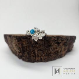Zilveren 'FlowerPower' ring met Edelsteen