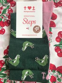 Blutsgeschwister - Sensational Steps - Frog Feet