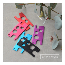 Metal Oil Key Tool (colour options)
