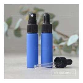 Glazen spray fles (10 ml) - Mat Blauw