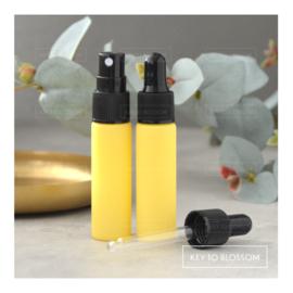 Glazen spray fles (10 ml) - Licht Geel/Pastel (mat)