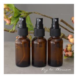 Glazen spray fles bruin - 30 ml