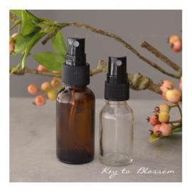Glazen spray fles bruin (mat) - 15 ml