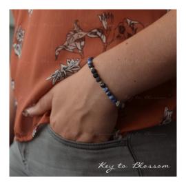 Lava Rock armband met edelstenen - Sodaliet en Toermalijnkwarts
