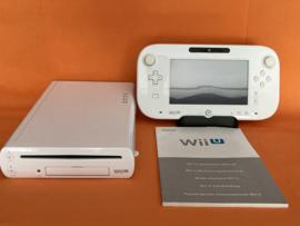Nintendo wii U wit compleet (nette staat)