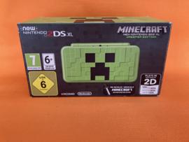 New nintendo 2DS XL creeper edition in zeer nette staat in doos & krasvrije schermen