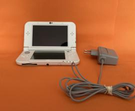 New nintendo 3DS XL wit in nette staat & zeer mooie schermen