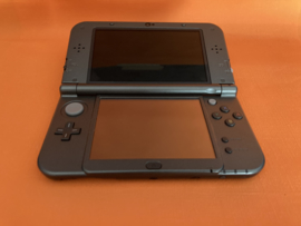 New nintendo 3DS XL zwart in nette staat & krasvrije schermen