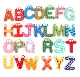 Houten kleurrijken letters speel en leer van 1-4 jaar