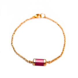 Melia bracelet ♡ hexagon bar fuchsia gold
